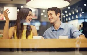 Ter-um-bom-sorriso-é-fundamental-no-primeiro-encontro.