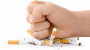 A Bupropiona, remédio também usado para a depressão, tem forte ação antitabagista ao impedir a fissura e a compulsão pelo cigarro.